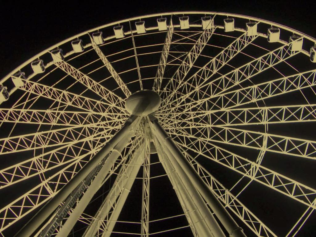 brisbane_ferris_wheel_yellowmask