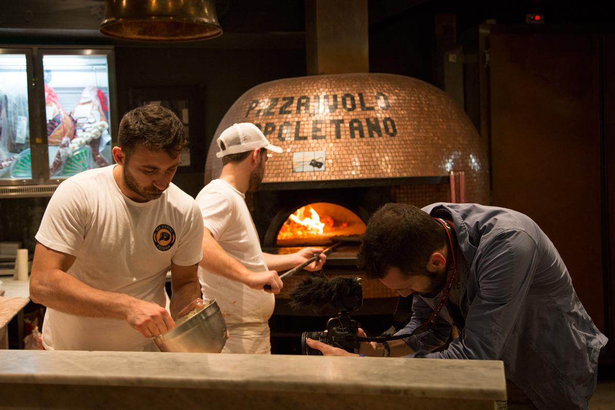 Riprese alla pluri-premiata pizzeria Via Napoli di Sydney